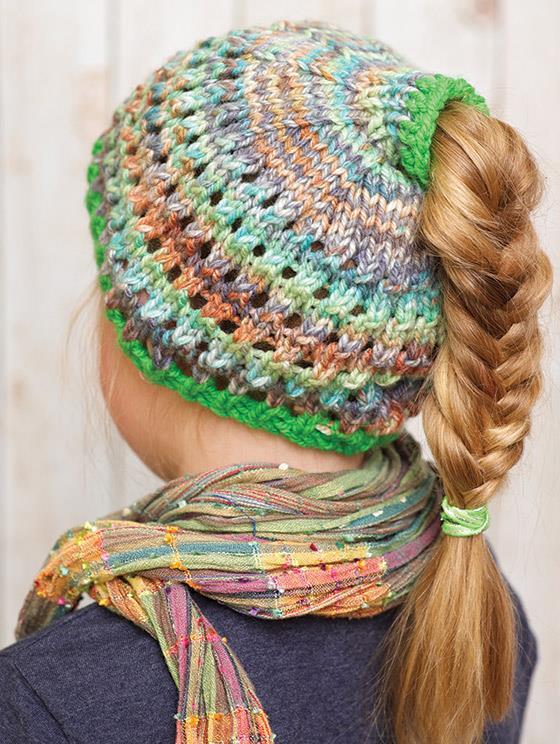 knit_ponytail_beanie